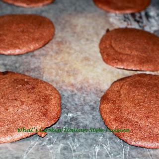 Chocolate Cookie Gelato Sandwich