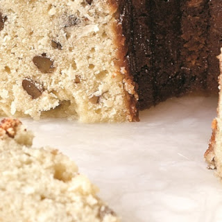 Daphne Oz's Coconut Pound Cake