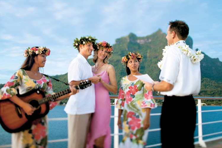 The staff of the Paul Gauguin will create an unforgettable event designed especially for you and your special occasion.