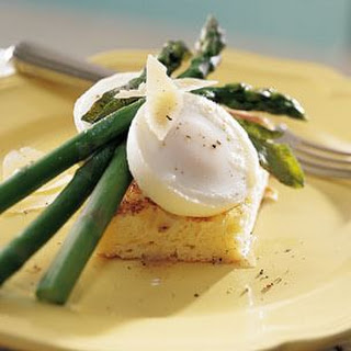 Asparagus with Poached Eggs