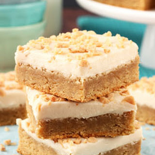 Frosted Maple Cookie Bars {with toffee bits}