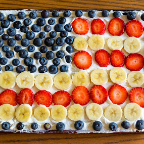 Independence Day Flag Fruit Pizza by Nicole Mitchell - Food & Drink Cooking & Baking ( fruit pizza, banana, flag, strawberries, blueberries, independence day )
