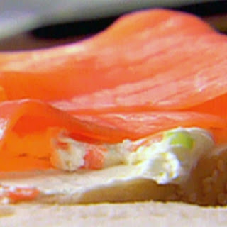 Smoked Salmon and Vegetable Cream Cheese Bagels Recipe