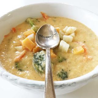 Skinny Broccoli Cheese Soup