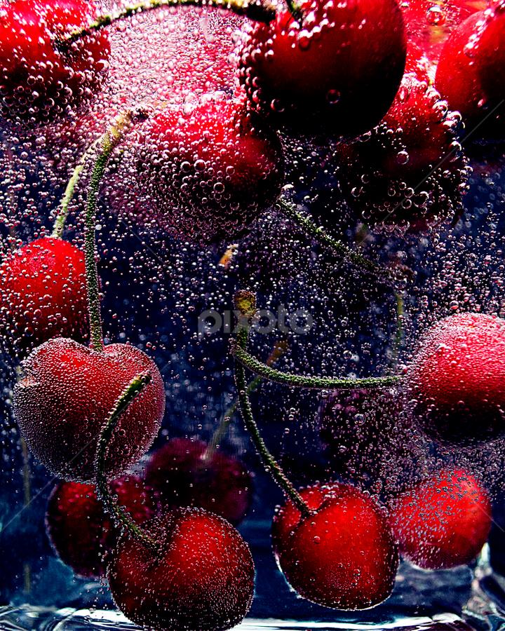 Cherries in water by Roman Kolodziej - Food & Drink Fruits & Vegetables ( Food & Beverage, meal, Eat & Drink,  )