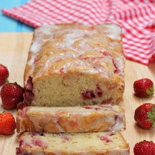 Moist Strawberry Swirl Bread