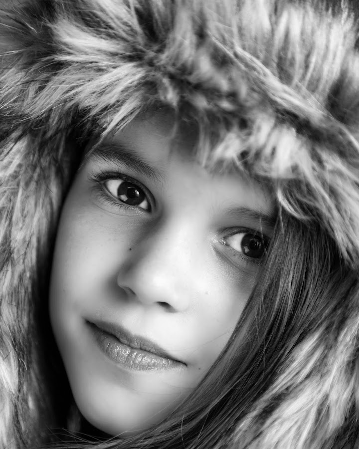 by Ryan Bedingfield - Black & White Portraits & People ( daisy )