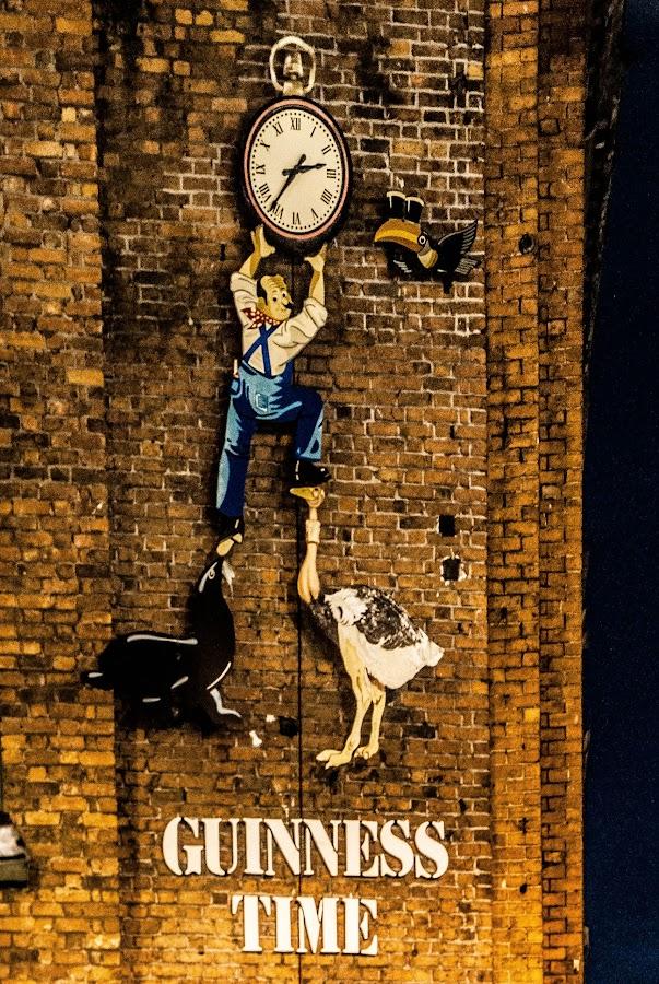 181 by Paul Cobb - City,  Street & Park  Street Scenes ( time, clock, street )