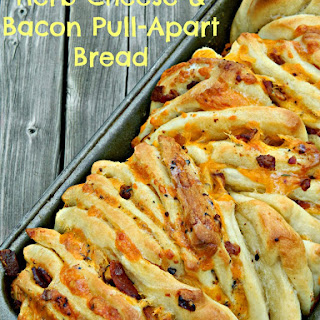 Herb Cheese &Bacon Pull-Apart Bread