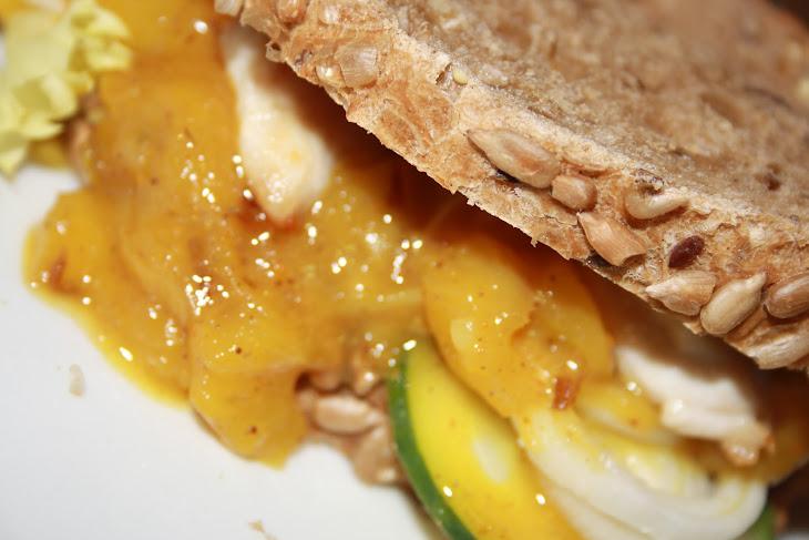 Chicken Sandwich with Mango Chutney Recipe