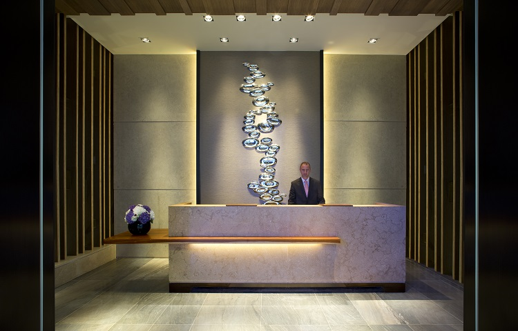 Plaza Premium Lounge Lands At London S The Queen S