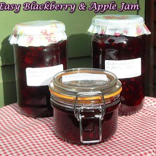 Easy Blackberry & Apple Jam.