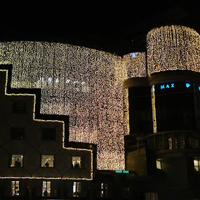 by Ray Anthony Di Greco - Public Holidays Christmas ( lights, holidays )
