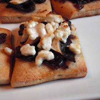 Caramelized Onion, Pear And Goat Cheese Pizzas