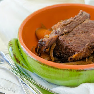 Easy Slow Cooker Short Ribs