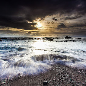 Mengening Beach by WhyanZ's V'Art - Landscapes Sunsets & Sunrises