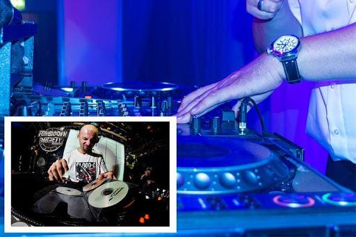 Easy DJ Mixer