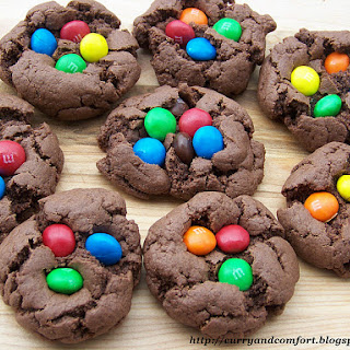 Monster Chocolate Peanut Butter Cookies with M&M's