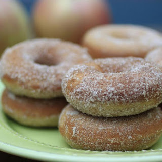 Baked Cinnamon Sugar Apple Cider Doughnuts
