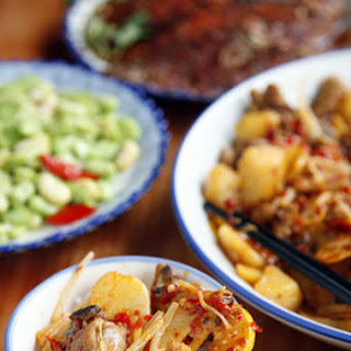 Mugua Ji (Sweet and Sour Chicken Stir-Fry)