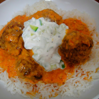 Curried Meatballs with Tomatoes