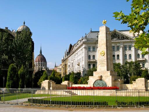 szavadsag-square-budapest-hungary - Szabadsag Square in Budapest, Hungary.