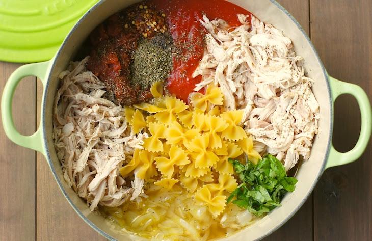 One-Pot Tomato, Basil + Chicken Pasta Recipe