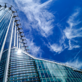 CityPoint (2001) by Veronika Gallova - Buildings & Architecture Office Buildings & Hotels ( city of london, citypoint, london building, building, warm, london, blue, glass bulding, glass, architecture, town,  )