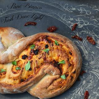 Sundried Tomato, Roasted Garlic, Cheese & Basil Bread (Pane Bianco)