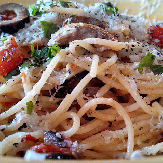 Meatless Monday ~ Pasta Puttanesca