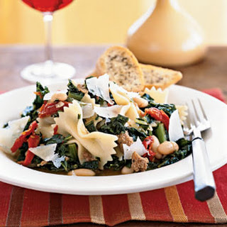 Farfalle with Sausage, Cannellini Beans, and Kale