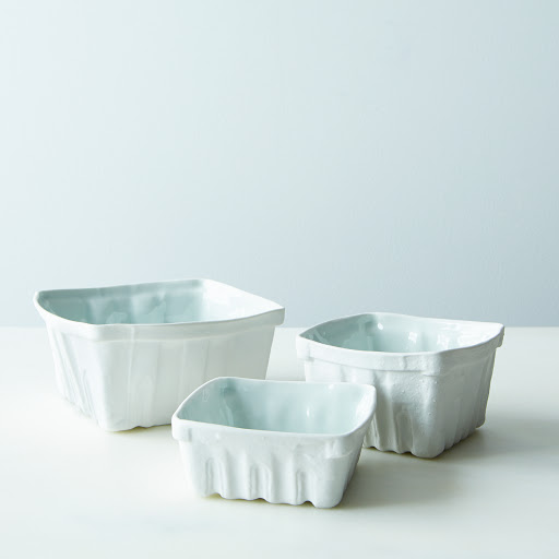 Heritage Edition Porcelain Berry Baskets (Set of 3)
