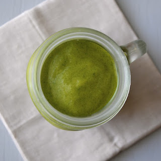 Mango and Peach Green Smoothie