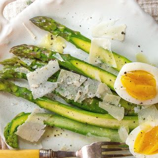 Asparagus with Eggs and Parmesan