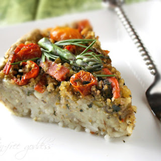 Vegan Pasta Pie with Mushrooms, Garlic and Tomatoes