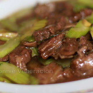 Stir Fried Beef With Celery And Ginger