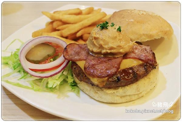 一中街艾可先生美式漢堡~大學生推薦超火紅人氣美食,149元商業套餐新上市