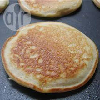 Fast and Easy Pancakes.