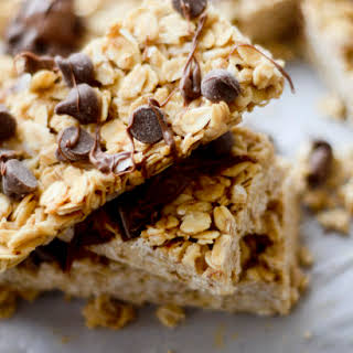 Chewy No-Bake Granola Bars with Coconut Oil.