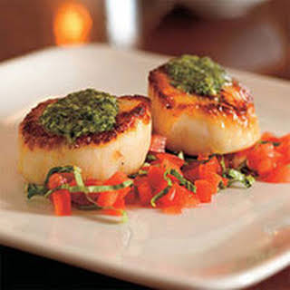 Pan-Seared Scallops with Pesto and Tomato.