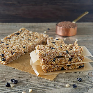 Blueberry Breakfast Bars (No-Bake)