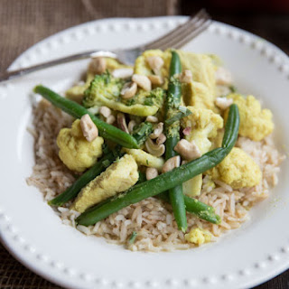 Curry Chicken with Cashews and Cauliflower.