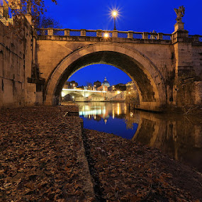 Castel Sant'Angelo by Luca Libralato - Buildings & Architecture Bridges & Suspended Structures ( roma, rome, castel sant'angelo, san pietro, st peter, bridge, tevere, italy, river, city, night )