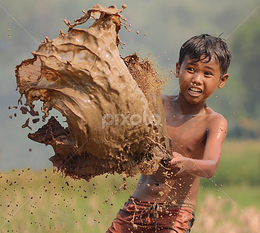 Nyiprat by Doeh Namaku - Babies & Children Children Candids