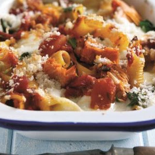 Wild Alaska salmon, spinach and pasta bake
