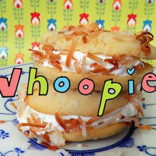 Coconut Cream Whoopie Pies