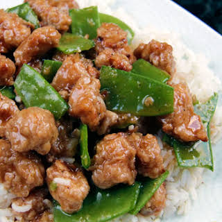 Skinny General Tso's Chicken aka MY FAVORITE CHINESE CHICKEN EVER!.