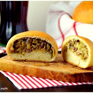 Bierocks – Volga-German Meat Pastries -Wolgadeutsche Fleischpasteten