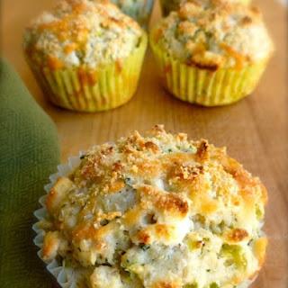 Skinny Broccoli Cheese Muffins