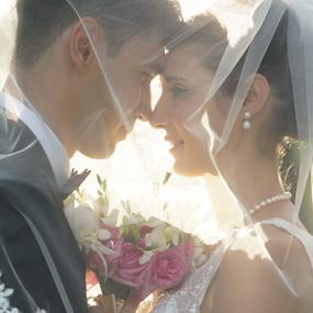 Your eyes by Vasiliu Leonard - Wedding Bride & Groom ( wedding photography, fotograf nunta iasi, wedding day, wedding, weddings, wedding photographer, bride, groom )